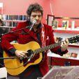 Matthieu Chedid a joué deux chansons lors de l'hommage à Andrée Chedid, décédée le 6 février 2011, qui donne son nom à la bibliothèque Beaugrenelle à Paris, le 19 novembre 2012. (le chanteur M)