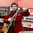 Matthieu Chedid a chanté lors de l'hommage à Andrée Chedid, décédée le 6 février 2011, qui donne son nom à la bibliothèque Beaugrenelle à Paris, le 19 novembre 2012.
