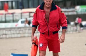 David Hasselhoff : 23 ans après Alerte à Malibu, il retrouve son maillot rouge
