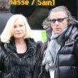Michèle Torr et son mari Jean-Pierre aux obsèques de Frank Alamo à Paris le 18 octobre 2012.