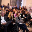 Alain Delon, Lara Fabian et Bernard Montiel à Paris le 3 décembre 2012 lors de la vente aux enchères des Frimousses de créateurs au profit de l'UNICEF au Petit Palais