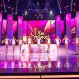 Les douze demi-finalistes lors de l'élection de Miss France 2013 le samedi 8 décembre 2012 sur TF1 en direct de Limoges
