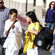 Blanket Jackson sort de son cours de karaté à Calabasas avec un ami. Le fils de Michael Jackson a mangé une bonne glace. Photo prise le 8 décembre 2012.