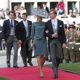 Le prince Louis et la princesse Tessy du Luxembourg arrivent au mariage religieux du prince Guillaume le 20 octobre 2012.
