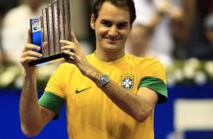 Roger Federer poursuit son show : Gangnam Style, foot, concours de rasage