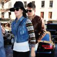 La chanteuse Katy Perry et John Mayer vont déjeuner au restaurant ABC Kitchen, le jour des 35 ans de John, à New York, le 16 octobre 2012.