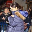 Katie Holmes quitte le Music Box Theater à New York, le 23 décembre 2012.