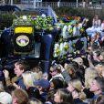 Le cortège lors des  obsèques de Jade  Goody  à  Buckhurst   Hill  (dans l'Essex), le 4 avril 2009.