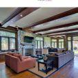 Le site Trulia a mis en ligne des photos de la nouvelle maison de Kim Kardashian et Kanye West. Janvier 2013. L'intérieur de la maison est plutôt de style classique.