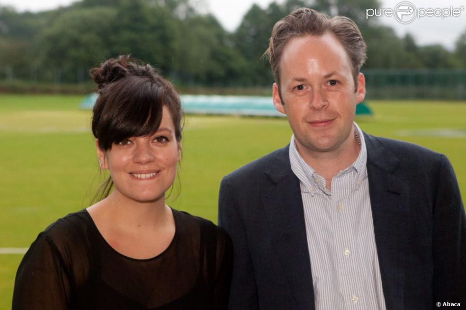 Lily Cooper et Lily Allen à Stroud, Gloucestershire, juillet 2012.