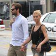 Tomaso Trussardi et sa fiancée Michelle Hunziker à Miami le 6 juin 2012.