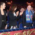 Pauline Ducruet, Stéphanie de Monaco, et le prince Albert IIau 37e Festival International du Cirque de Monte-Carlo le 17 janvier 2013.