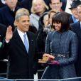 Barack Obama, sa femme Michelle et ses filles Sasha et Malia lors de la cérémonie d'investiture qui se tenait devant le Capitole de Washington le 21 janvier 2013