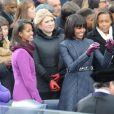 Michelle Obama et ses filles Sasha et Malia lors de la cérémonie d'investiture de Barack qui se tenait devant le Capitole de Washington le 21 janvier 2013