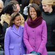 Sasha et Malia Obama lors de la cérémonie d'investiture de leur père Barack qui se tenait devant le Capitole de Washington le 21 janvier 2013