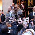 Celine Dion quitte son hôtel, le George V, pour se rendre sur le plateau de l'émission C à vous, le 28 novembre 2012, à Paris.