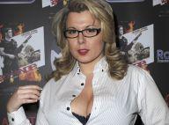 Cindy Lopes très décolletée malgré le froid aux côtés de Laury Thilleman superbe