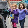 Sunday Urban, la fille de Nicole Kidman et Keith Urban, rentre de l'école avec sa nounou à Los Angeles, le 24 janvier 2013.