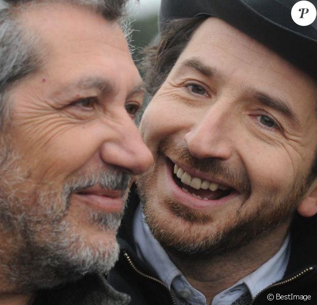 Alain Chabat et Edouard Baer du film Turf, lors du 92eme Grand Prix d'Amérique à l'hippodrome de Vincennes, le 27 janvier 2013.