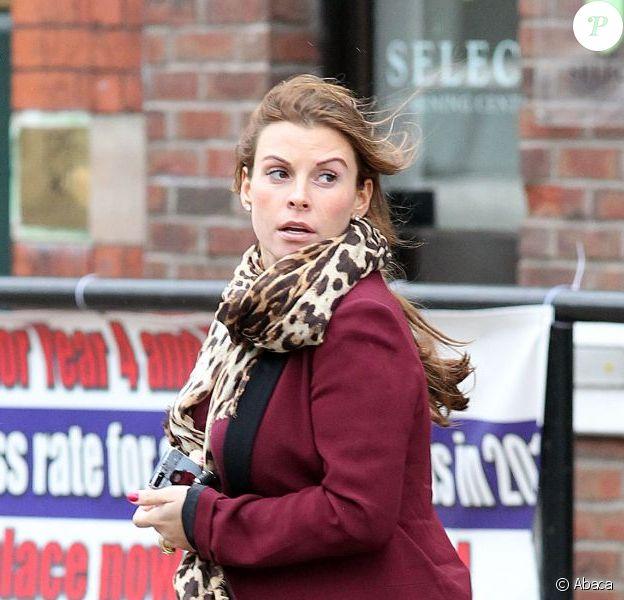 Coleen Rooney surprise dans les rues de Manchester le 28 janvier 2013 avant d'aller chez son coiffeur