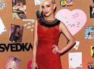 Ashlee Simpson : Sexy dans sa petite robe rouge lors d'une soirée entre filles