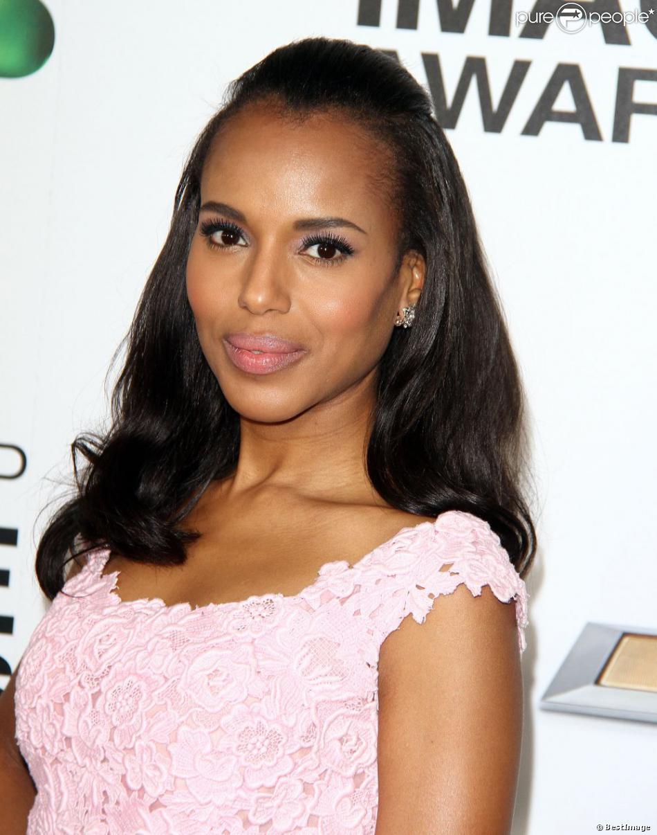 Kerry Washington assiste à la 44e cérémonie des NAACP Image Awards au Shrine Auditorium. Los Angeles. Le 1er février 2013.