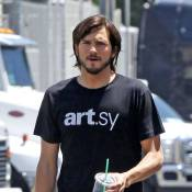 """Ashton Kutcher : Victime du """"swatting"""", son détracteur de 12 ans jugé !"""
