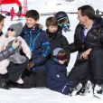 Marie et Joachim de Danemark avaient convié le 13 février 2013 les photographes de presse au Col de la Bretaye, en haut de la station de Villars-sur-Ollon, pour immortaliser leurs vacances avec leurs quatre enfants, Nikolai (13 ans), Felix (11 ans), Henrik (3 ans) et Athena (1 an).