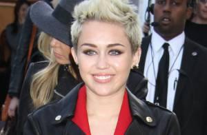 Fashion Week - Miley Cyrus : Excentrique ou sobre, c'est la star des défilés