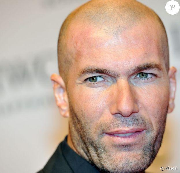 Le footballeur Zinédine Zidane ici à Genève le 22 janvier 2013, devrait entraîner une des équipes jeunes du Real Madrid pour la saison prochaine