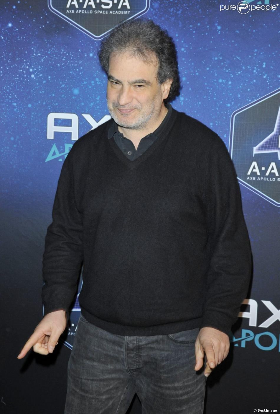 Raphaël Mezrahi à la soirée des 30 ans de Axe à l'Atelier Basfroi à Paris le 10 Janvier 2013.