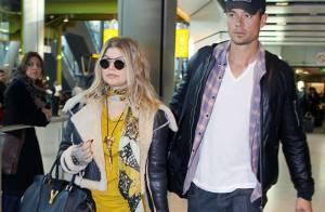 Fergie enceinte et Josh Duhamel : La chanteuse cache son baby bump