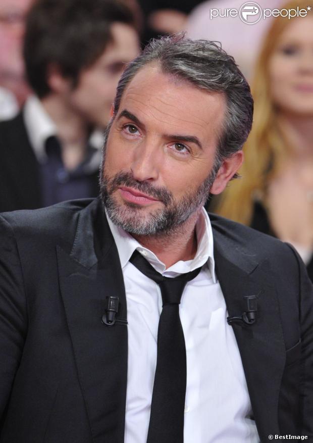 Jean dujardin s 39 clate sur le plateau de vivement dimanche for Qui est la compagne de jean dujardin