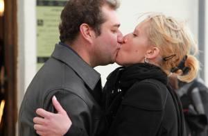Qui veut épouser mon fils? 2: En couple avec Cindy, Frédéric accepte ses films X