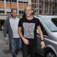Max George arrive aux studios de la radio one à Londres, le 10 septembre 2012.