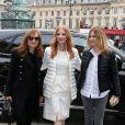 Isabelle Huppert, Jessica Chastain et Marie-Josée Croze arrivent à l'Espace Vendôme pour assister au défilé Moncler Gamme Rouge automne-hiver 2013-2014. Paris, le 6 mars 2013.