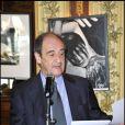 Pierre Lescure lors d'un déjeuner pour annoncer la 25e cérémonie des Molières à Paris le 23 mars 2011.