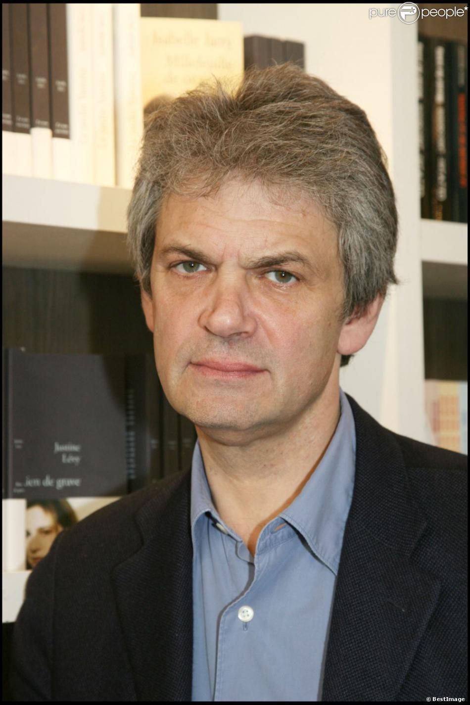 Jean-Marc Roberts au Salon du Livre à Paris, le 27 mars 2007.