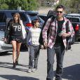 """""""La chanteuse LeAnn Rimes et Eddie Cibrian vont assister au match de baseball de Jake, le fils d'Eddie, à Los Angeles, le 23 mars 2013. Le second fils d'Eddie, Mason, est également présent pour encourager son frère."""""""