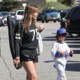 """""""LeAnn Rimes et Eddie Cibrian vont assister au match de baseball de Jake, le fils d'Eddie, à Los Angeles, le 23 mars 2013. L'autre fils d'Eddie, Mason, est également présent pour encourager son frère."""""""