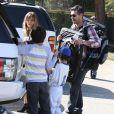 """""""LeAnn Rimes et son chéri Eddie Cibrian vont assister au match de baseball de Jake, le fils d'Eddie, à Los Angeles, le 23 mars 2013. Le second fils d'Eddie, Mason, est également présent pour encourager son frère."""""""