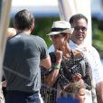 Halle Berry sous le soleil d'Hawaï avec sa fille Nahla et son amourex Olivier Martinez, le 29 mars 2013.