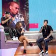 Chris Brown sur le plateau de l'émission  106 and Park  à New York au côté du rappeur Bow Wow, le 1er avril 2013.
