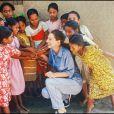 Audrey Hepburn au Bangladesh pour l'Unicef, juste avant sa mort en 1993.