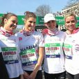 Marine Lorphelin, Laury Thilleman, Laëtitia Bléger et Sylvie tellier au marathon de Paris, le dimanche 7 avril 2013.