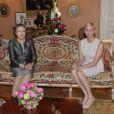 La princesse Charlene de Monaco s'entretenant avec Ban Soon-taek au palais princier, le 3 avril 2013.