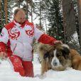 Vladimir Poutine avec ses chiens Yume et Buffy à Moscou, le 24 mars 2013.