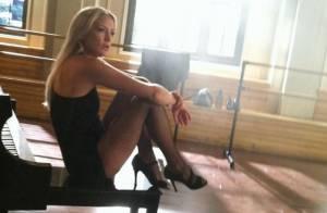 Kate Hudson : Sexy en bas résilles pour faire des misères à Lea Michele