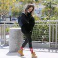 Khloé Kardashian Odom fait du shopping dans la boutique de prêt-à-porter Cusp by Neiman Marcus au centre commercial Westfield Century City. Santa Monica, le 17 avril 2013.