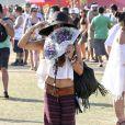 Vanessa Hudgens joue la hippie lors du festival de Coachella, le 21 avril 2013.